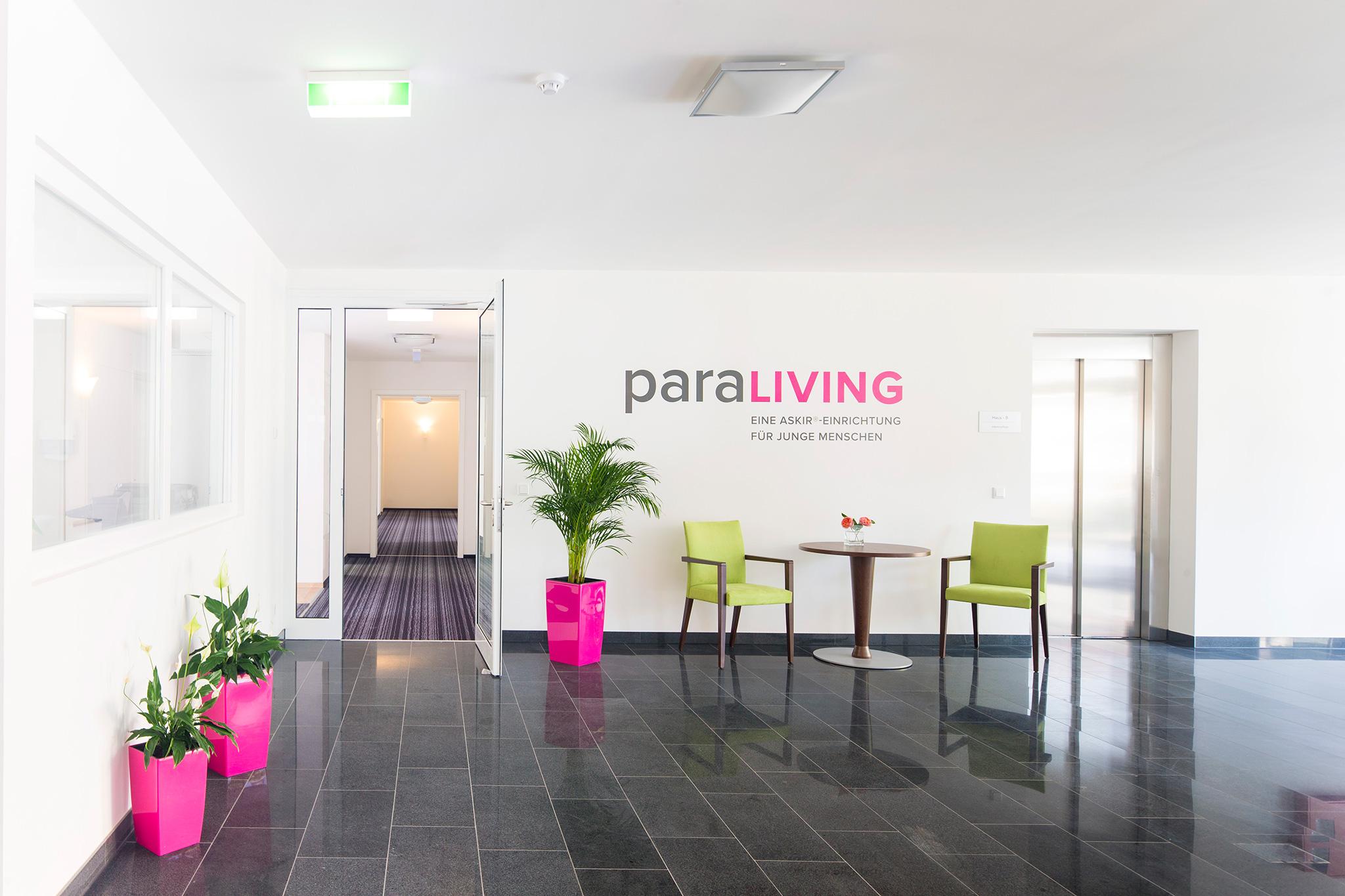 Eingangsbereich der Einrichtung für junge Menschen paraLiving