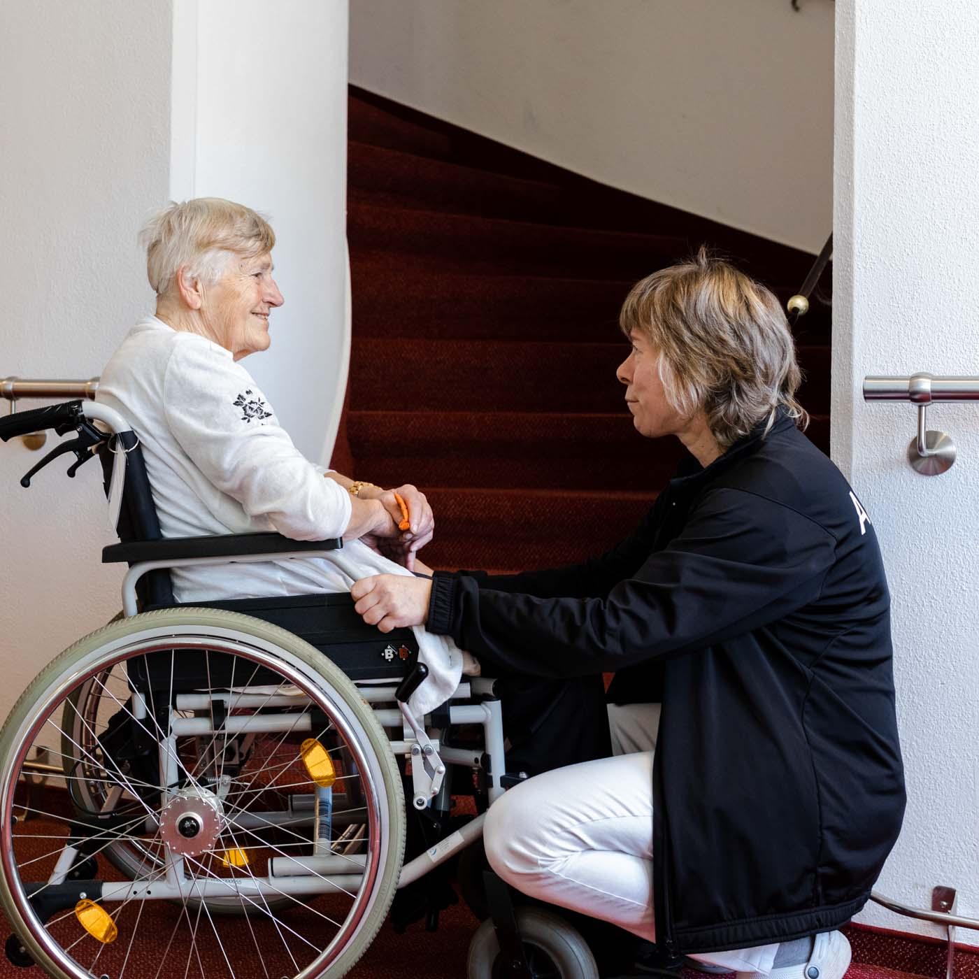 Pflegerin im Zille-Haus