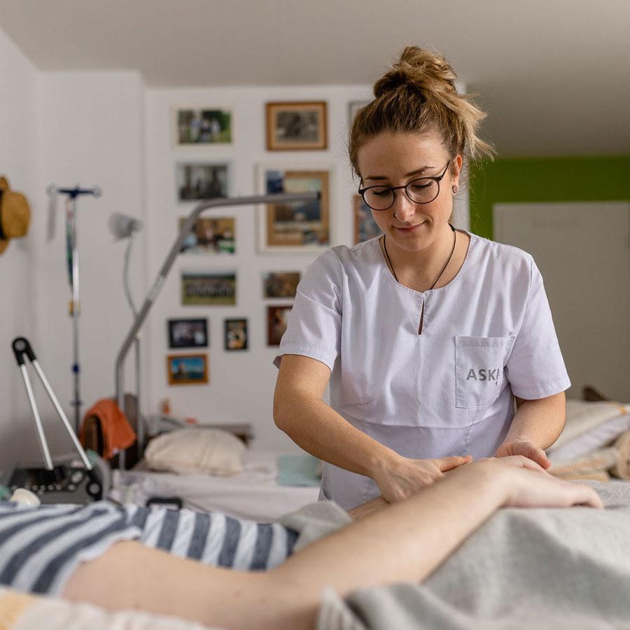 Betreuung eines Wachkoma-Patienten, ASKIR — Pflegedienst Dresden